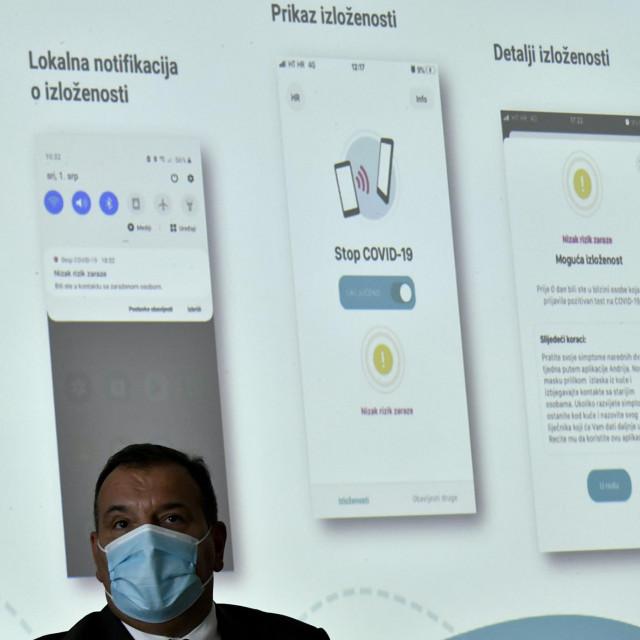 Ministar Vili Beroš na predstavljanju mobilne aplikacije Stop Covid-19<br />