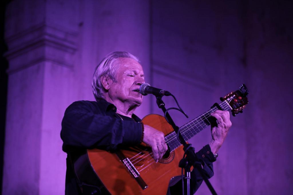 Koncert Ibrice Jusića na skalinima crkve sv. Vlaha