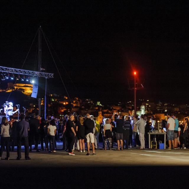 Sibenik, 010718.<br /> Rock koncerti na manifestaciji Ljetuj na Martinskoj, na gatu preko puta Sibenika<br />