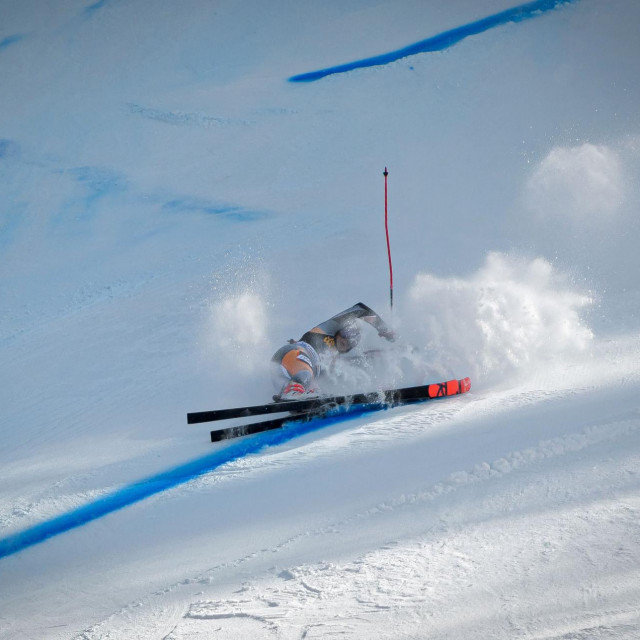 TOPSHOT - Kristin Lysdahl of Norway falls during the second run of the FIS Alpine Skiing World Cup giant slalom in Kranjska Gora on February 15, 2020. (Photo by Jure Makovec/AFP)