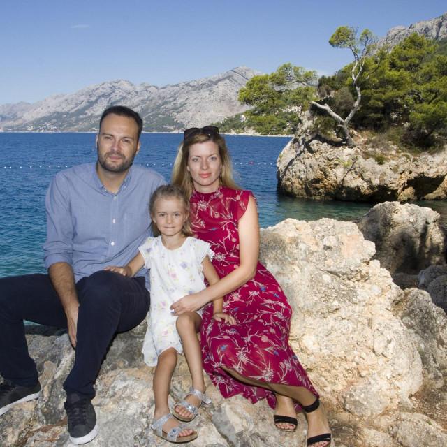 Stipe Ursić s kćeri Lindom i suprugom Marijom