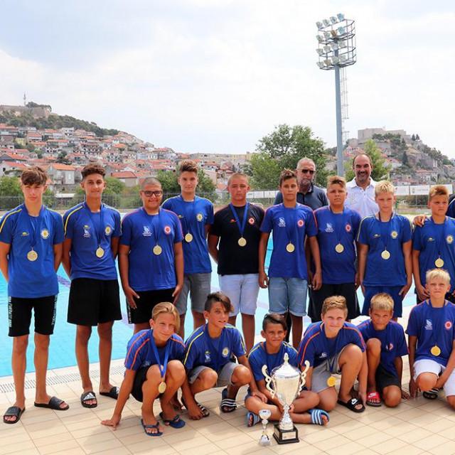 Čestitari došli u goste vaterpolistima Solarisa koji su osvojili Kup Hrvatske