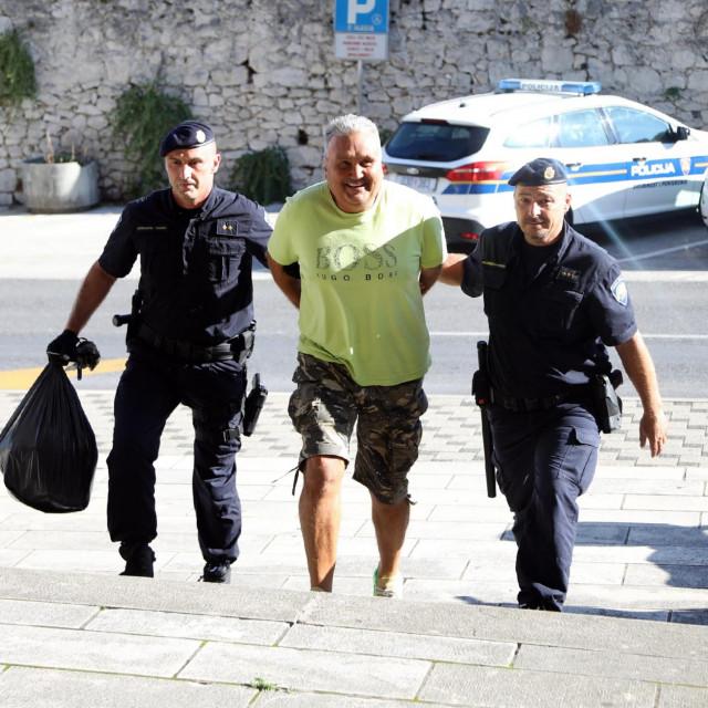 Privođenje na sud Dragana Grubišića