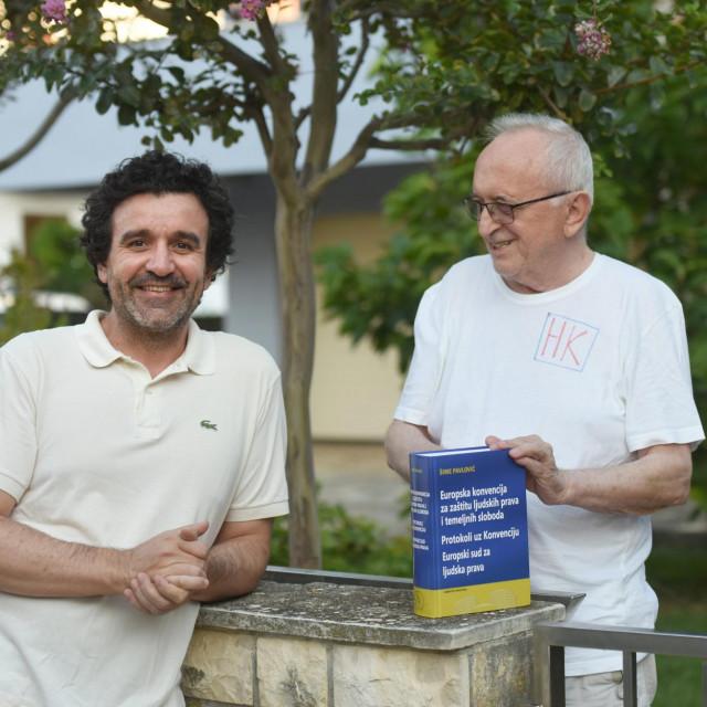 Naš novinarIvica Nevešćanin i Šime Pavlović sa svojim kapitalnim djelom<br />