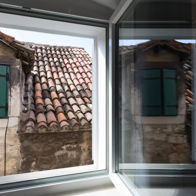 Pogled na krovove grada