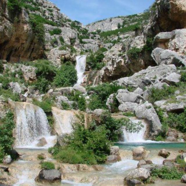 Predivan izvor rijeke Bijele