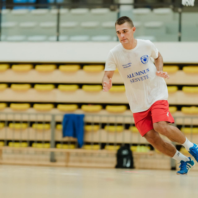 Matej Perović na početku priprema Malonogometnog kluba Alumnus Sesvete za sezonu 2020./21. foto: MNK Alumnus Sesvete