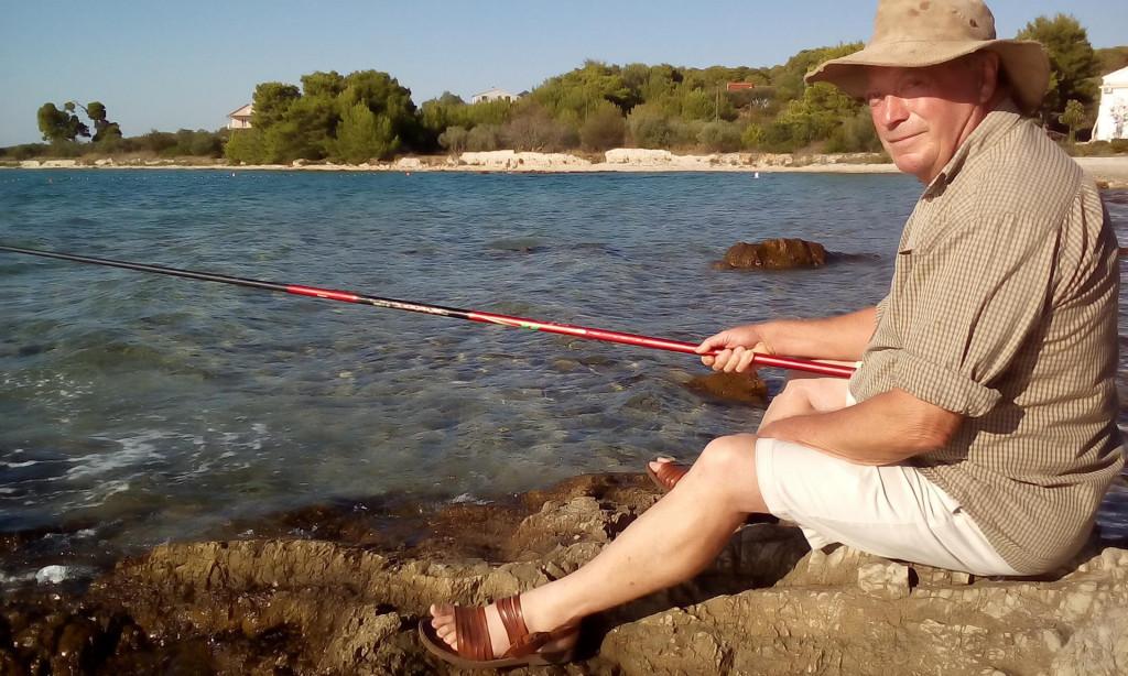 Stipe Nobilo godinama prakticira svoj unikatni ribolov - štapom s kraja, 'u pini'
