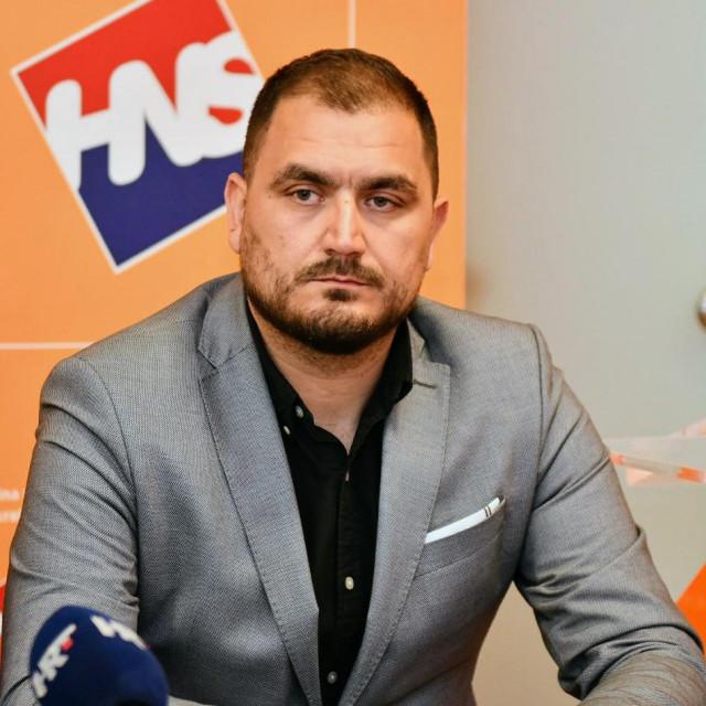 Miho Obradović - samoizolacija umjesto 'medenog mjeseca'