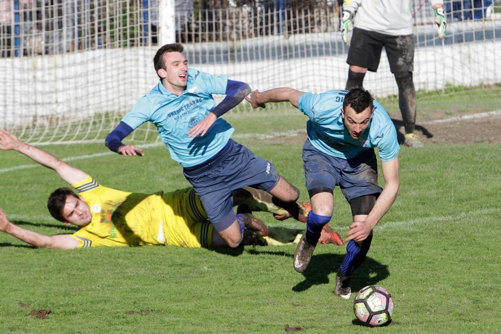 Prva županijska nogometna liga, Komin: Gusar - Orebić foto: Tonči Vlašić