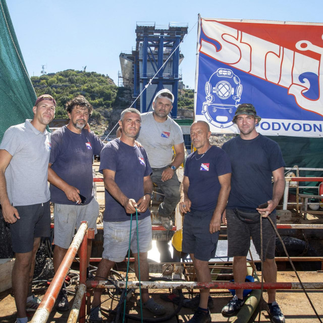 <br /> Uspjeh Kineza i splitske tvrtke Stijeg koja se bavi podvodnim radovima na Pelješkom mostu