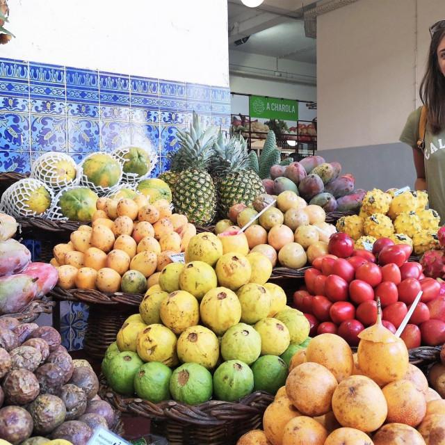 Petra Dičak na tržnici Mercado dos Lavradores u Funchalu