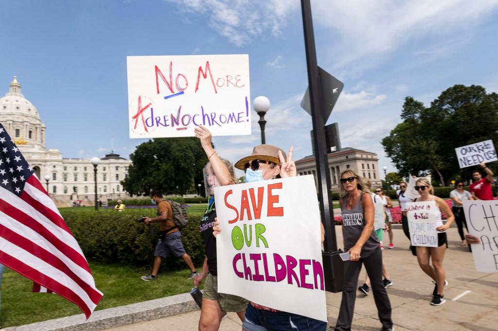 """Detalj s prosvjeda """"Save the Children"""" održanog u Minnesoti koncem kolovoza<br />"""
