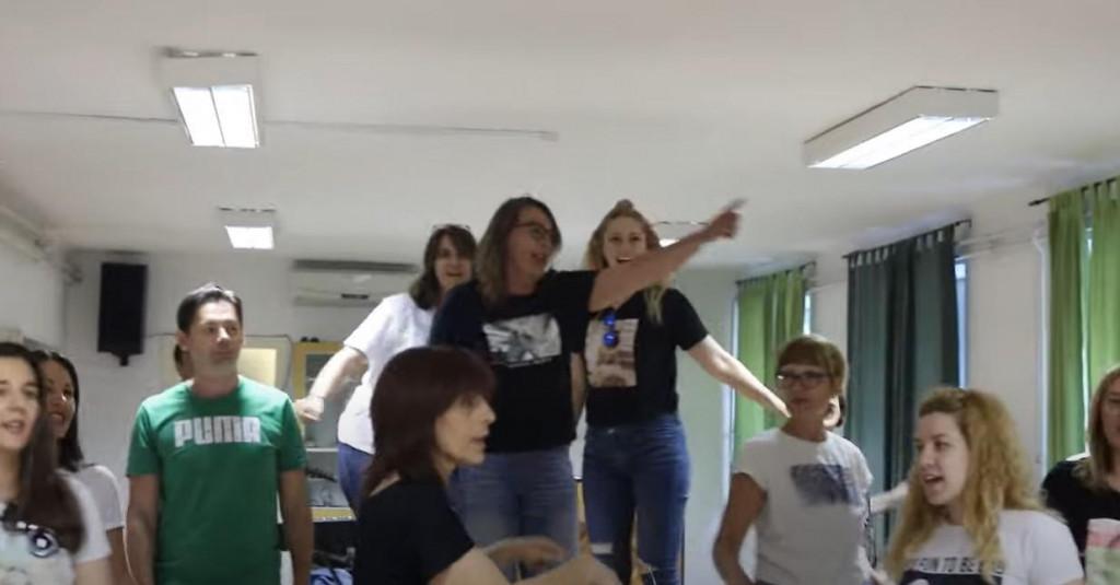 Profesori su se za početak škole odlučili počastiti svoje učenike video spotom