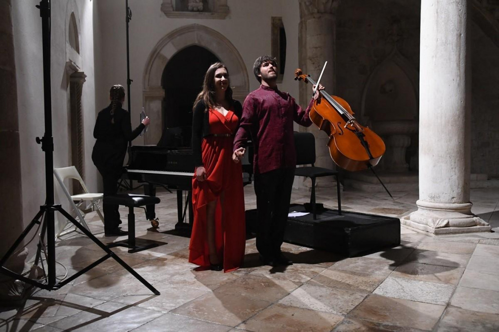 Violončelist Vid Veljak i pijanistica Dora Iveković nastupaju na festivalu 'Dubrovnik u pozno ljeto'
