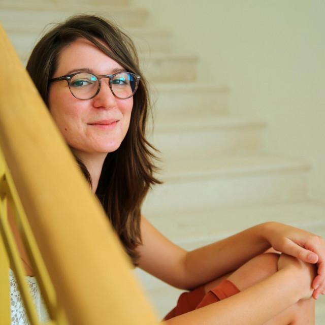 Ivana Vuković: Dramaturg u fazi improvizacije mora dobro naćuliti uši. Tako se u jednom trenutku dogodi da glumci bolje znaju tekst od mene
