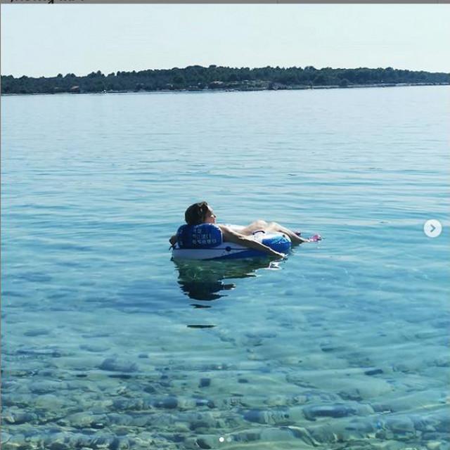 Tereza Kesovija uživa u ljetu