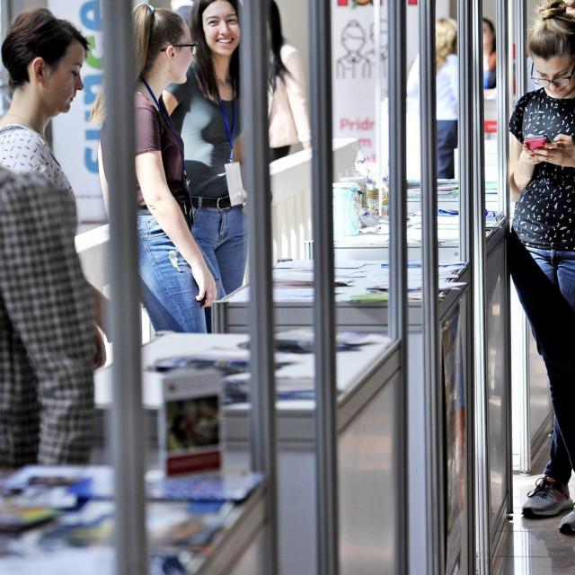 Neizvjesnost je i udar na skromni studentski standard
