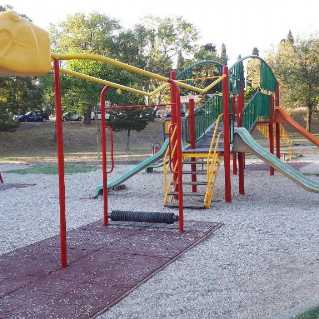 Novoizrađeno igralište na Zvončacu
