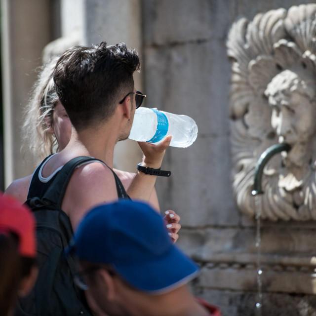 Pijemo čistu vodu, ali nas to i košta