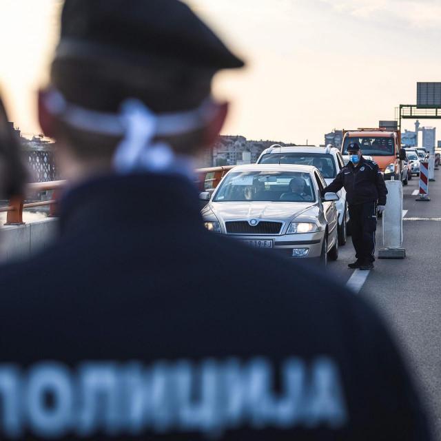 Beogradska policija digla je sve svoje snage nakon najnovijeg mafijaškog ubojstva u centru glavnog grada Srbije