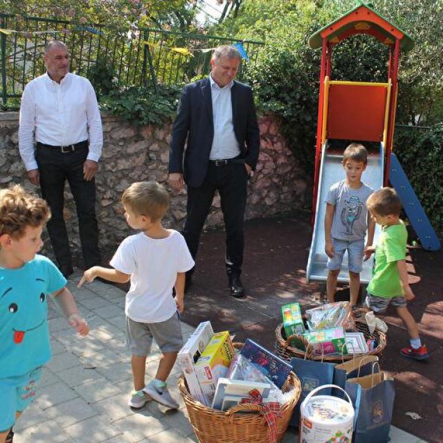 Gradonačelnik Dukić u posjeti vrtiću
