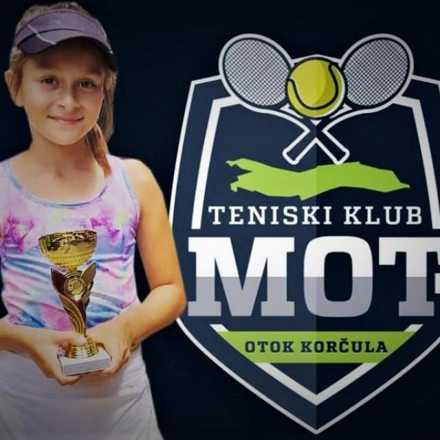 Tina Tomašić (Tenis klub Mot)
