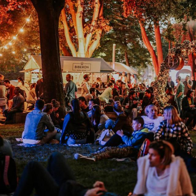 Split Spring festival