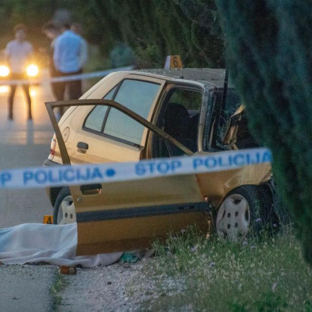 Prizor nakon prometne nesreće uz obalu Neretve lipnja 2019.godine