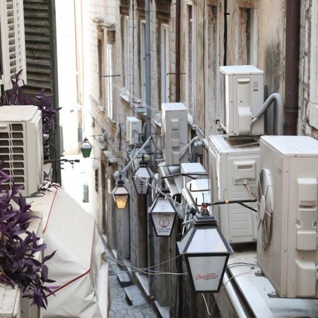 Za pet godina na pročeljima zgrada neće više biti vanjskih jedinica klima uređaja vidljivih s javnih površina