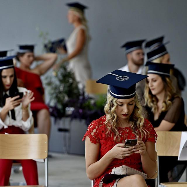 Prizor s ovogodišnje svečane promocije diplomiranih studenata na splitskom Sveučilištu