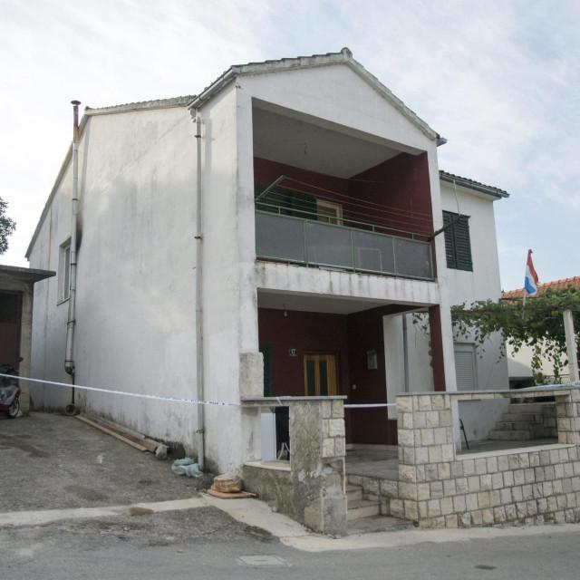 Kuća u Rogotinu u kojoj je pronađeno tijelo ubijenog mladića<br />