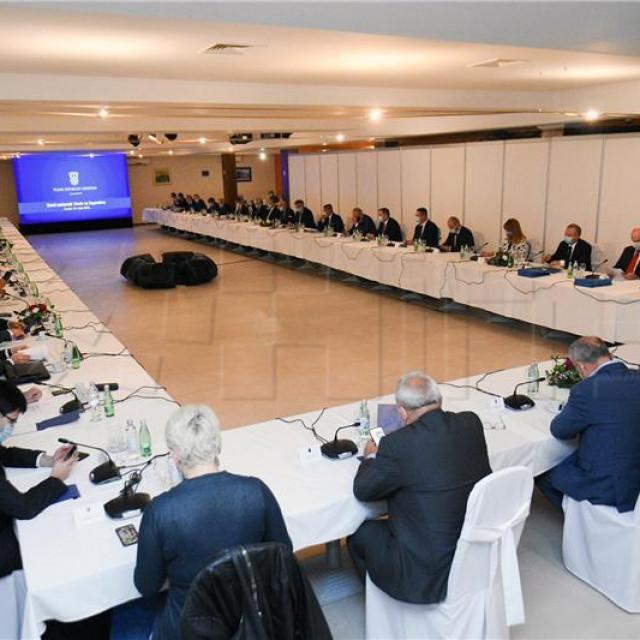 8. sastank Vlade sa županima te predstavnicima Udruge gradova i Udruge općina