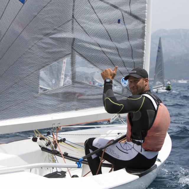 Split, 160515<br /> Europsko prvenstvo u klasi Finn na regatnom polju Brackog kanala.<br /> Na fotografiji: Milan Vujasinovic (Hrvatska).<br />