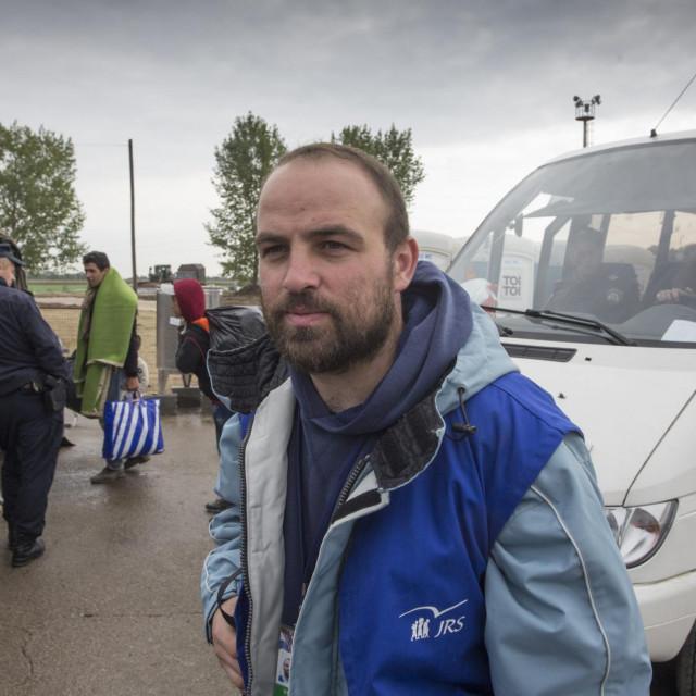 Pater Tvrtko Barun, čiju je službu za izbjeglice dobrim dijelom financirao Soros, smatra da problem Europe nisu migranti već kršćani
