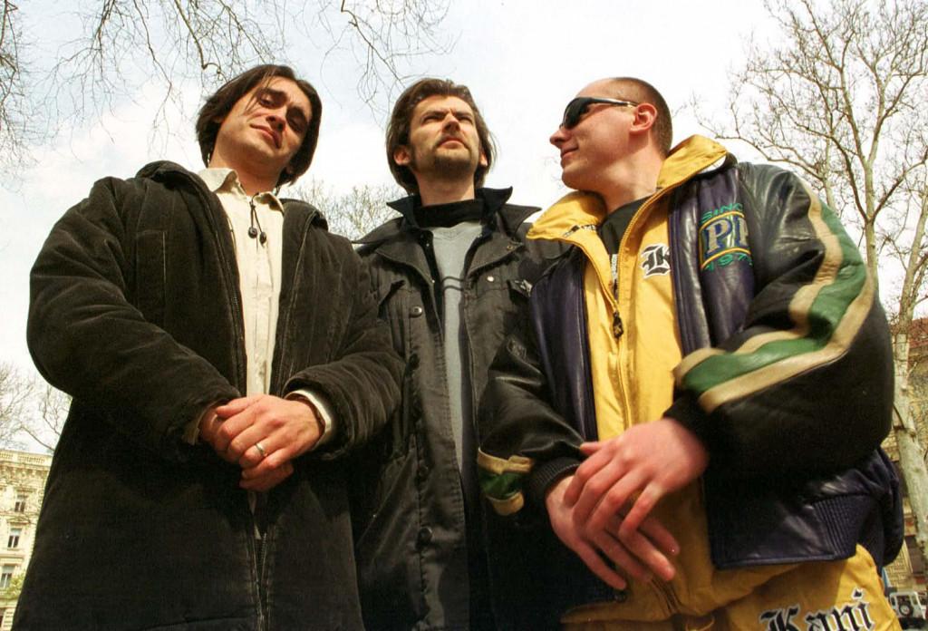 Vito Turšić (prvi slijeva) pozirao je našem fotoreporteru 2003. godine, kad je vodio skeč emisije