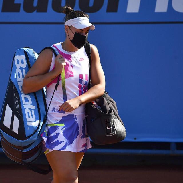 Ana Konjuh sa zaštitnom maskom stiže na finale Zagreb Ladies Opena foto: Ronald Goršić/CROPIX