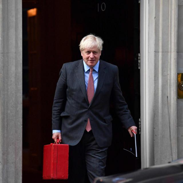 Boris Johnson:Znamo da ovo neće biti lako, ali moramo poduzeti daljnje mjere kako bismo kontrolirali ponovno širenje zaraze