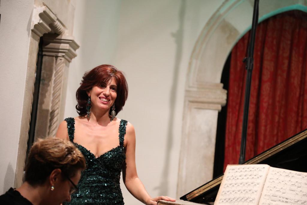 Koncert Naire Asatryan u Kneževom dvoru