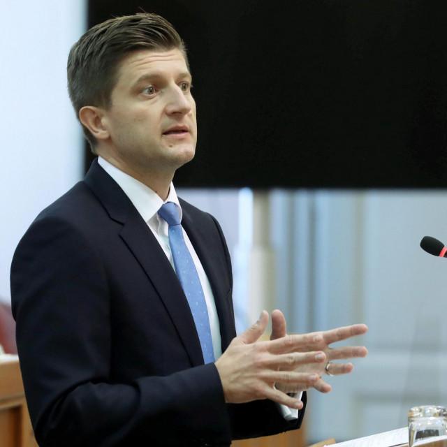 Zdravko Marić:Stožer i njegove odluke, kao i odluke Vlade, bili pomno analizirani, utemeljeni, nisu zanemarivali ni gospodarski dio