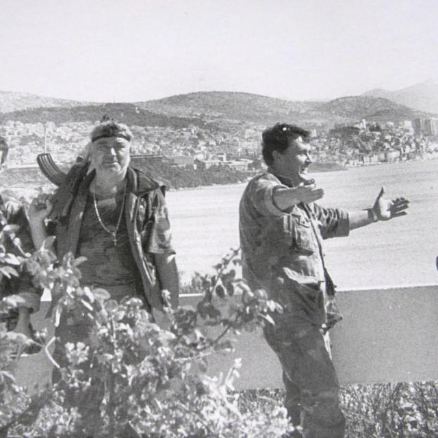 Ushićene branitelje snimili smo 24. rujna 1991. na rubu platoa motela s pogledom na Šibenik