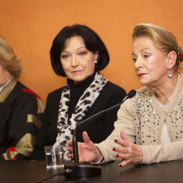 Na fotografiji: Željka Fattorini, Vesna Spinčić Prelog i Ksenija Urličić<br />