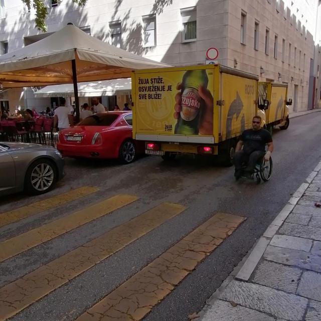 Prometni kaos u Ulici Ruđera Boškovića