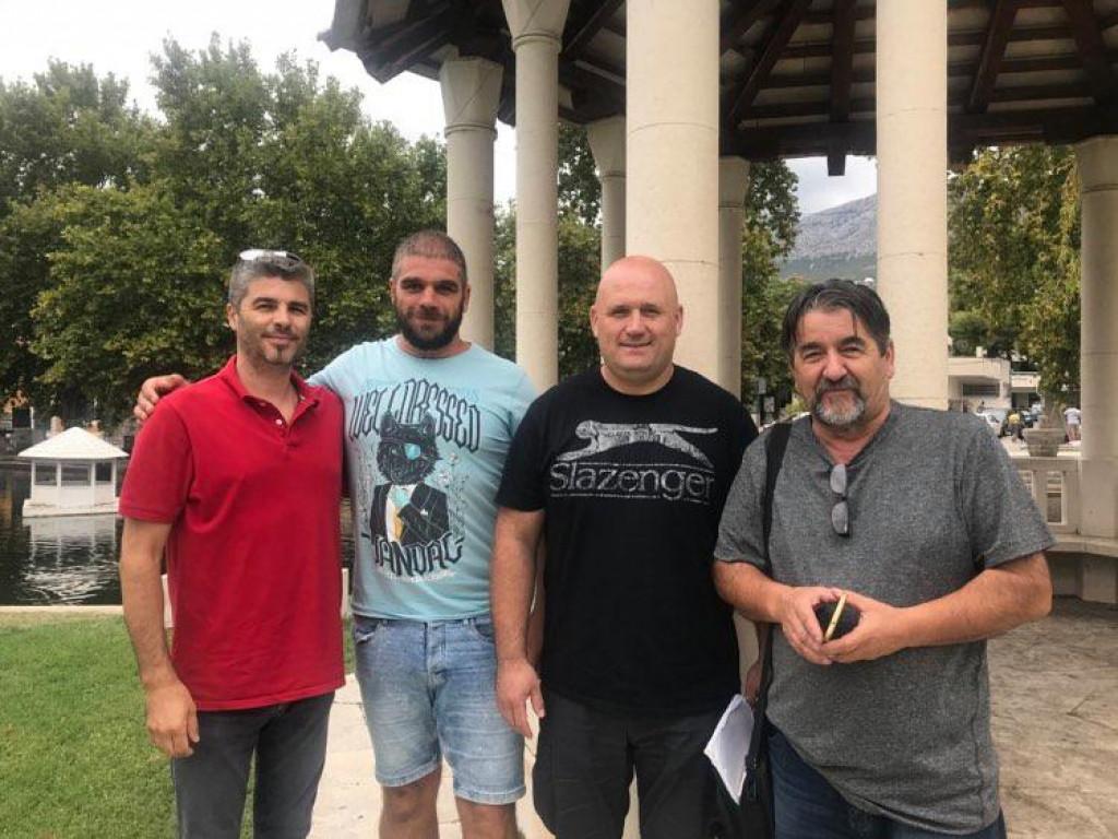 Skupina entuzijasta osniva Udrugu podsvilajskih sela: Ilija Kokeza, Filip Bočina, Dražen Banjan i Ante Tešija