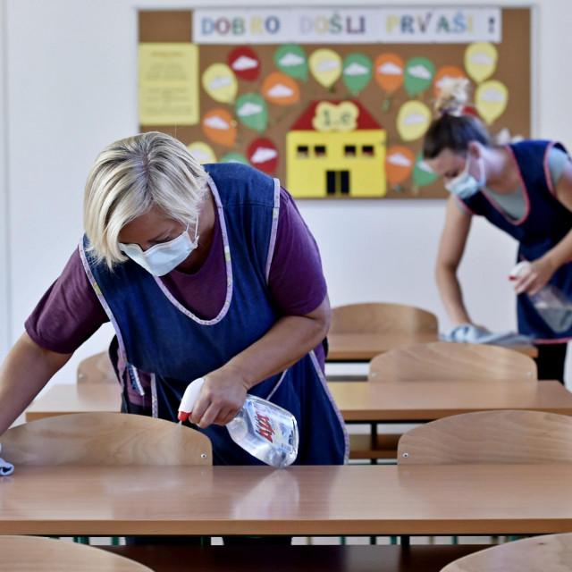 'Već godinama se krše standardi po pitanju broja čistačica u pojedinim obrazovnim ustanovama', ustvrdio je Stipić