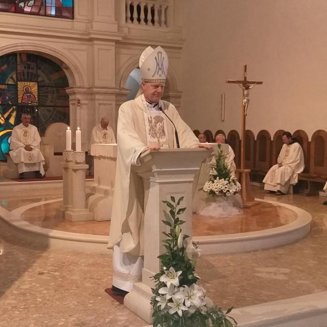 Novozaređeni biskup obratio se vjernicima u Gospinu svetištu