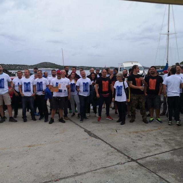 Sudionici velike akcije čišćenja podmorja u šibenskom Docu