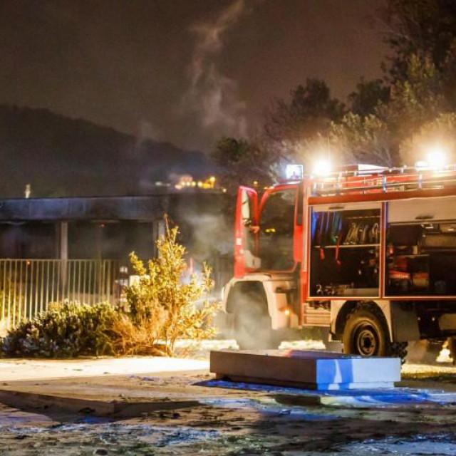 u Dugom Ratu: Izbio požar u staračkom domu, dvije osobe poginule, ima ozlijeđenih