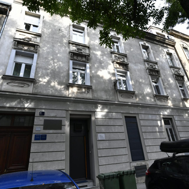 Klub na adresi Slovenska 9 u Zagrebu