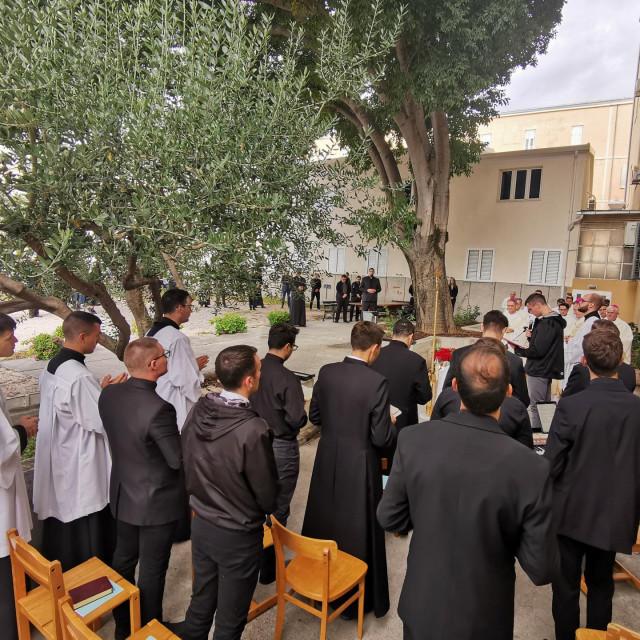 Misno slavlje održano je u dvorištu Centralnog bogoslovnog sjemeništa